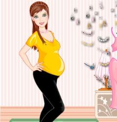 Fashionable Expectant Mother Game