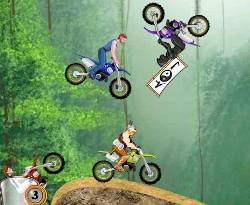 329 Play the Moto Rush on Sportsroids Internet Arcade!